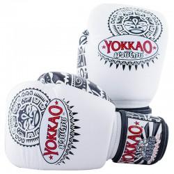 Boxerské_rukavice_Yokkao_Muai_Thai_bílá